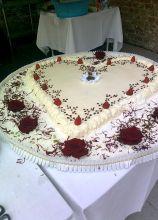 La torta nuziale a forma di cuore