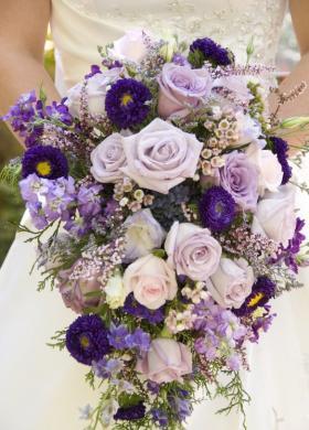 Bouquet cascate viola