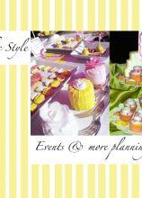 Allestimento Shabby Chic Style del tavolo dei dolci curato da Events & More di Kelly Evans