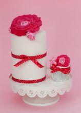 Wedding cake a cilindro e cupcake