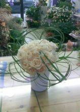 Bouquet candido di rose con brillantini