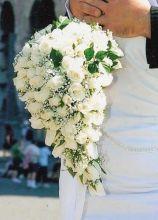 Bouquet della sposa dallo stile a goccia