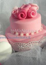 Mini cake con decorazione di roselline