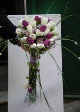 Bouquet per la sposa a gambo lungo