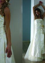 Vestito da sposa senza spalline con fiore sulla vita - Modello Khisten