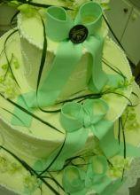 Torta nuziale sui toni del verde