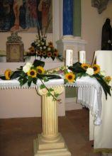 Decorazioni di girasoli per il matrimonio in chiesa