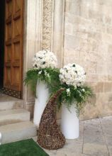 Vasi e decorazioni da terra per l'addobbo del matrimonio