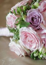 Bouquet di rose per la sposa