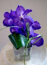 Decorazioni floreali sui toni del lilla per il matrimonio