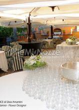Allestimento tavolo buffet