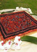 Torta nuziale ai frutti di bosco