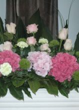 Decorazione floreale in rosa per il matrimonio