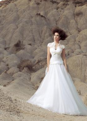 Angela Pascale Spose - Abito da sposa con spalline corte e ricamate