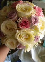 Buquet della sposa con brillantini e perle