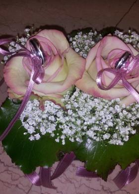 Cuscino portafedi floreale - Fioreria Gabriella
