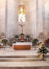 Addobbo floreale per la chiesa a Bitonto (Bari)