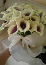 Bouquet di calle per la sposa