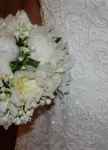 Bouquet della sposa con peonie bianche realizzato dal Girafiore