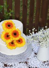 Torta nuziale con girasoli