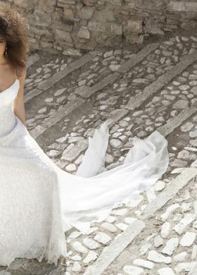 Angela Pascale Spose - Abito da sposa con spalline strette tutto ricamato