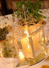 Centrotavola di candele per le nozze