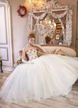 Vestito da sposa con corpetto decorato - Collezione La Magia del matrimonio d'inverno