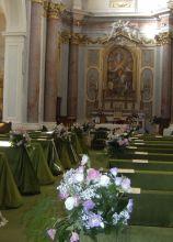 Matrimonio in verde in chiesa