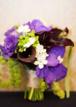 Bouquet sposa con orchidee vanda, calle stephanotise e amaranthus