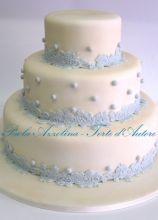 Torta nuziale multipiano