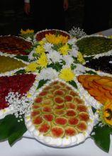 La torta nuziale a forma di fiore