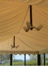 Dettaglio dei punti luce del gazebo per le nozze