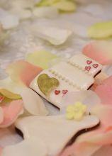 Biscotti decorati per le bomboniere di nozze