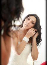Make up color bronzo e capelli sciolti per il matrimonio