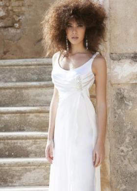 Angela Pascale Spose - Abito da sposa scivolato con dettagli preziosi sul seno
