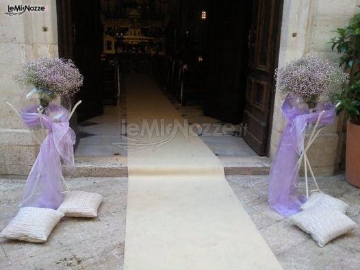 Foto 4 addobbi floreali chiesa e cerimonia guida per l - Allestimento casa della sposa ...