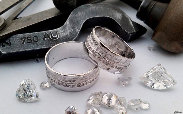 Eros Comin Gioielli - Fedi nuziali con diamanti