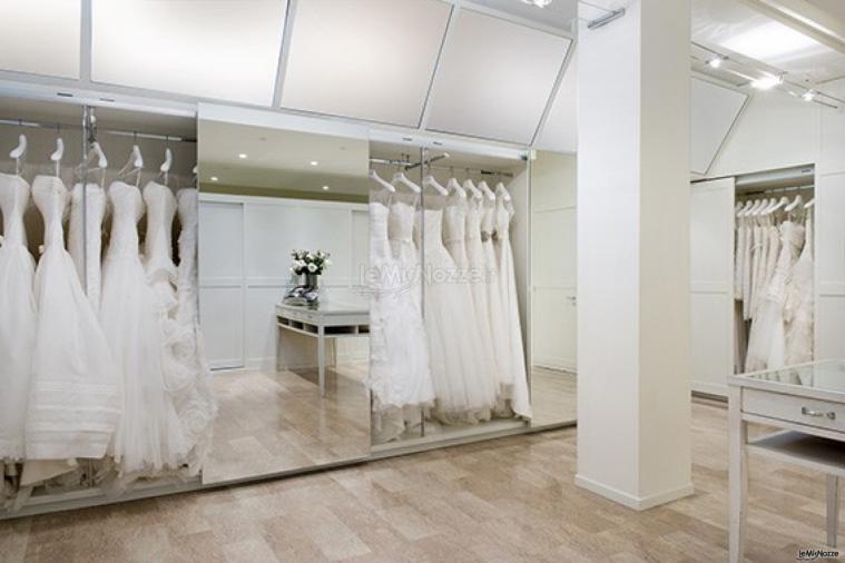 f08abfd4d8c3 Boutique Alba - Abiti da sposa a Sassuolo - Boutique Alba - Foto 1