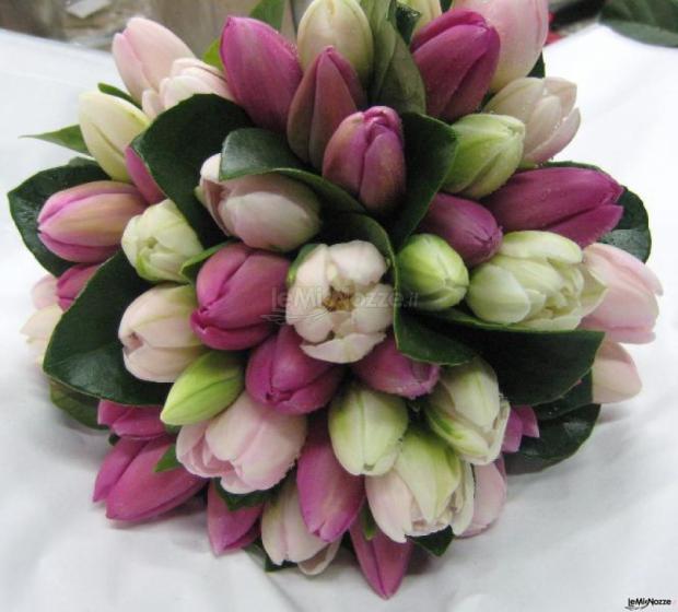 Bouquet Tulipani Sposa.Foto 6 Bouquet Di Tulipani Bouquet Di Tulipani Per La Sposa