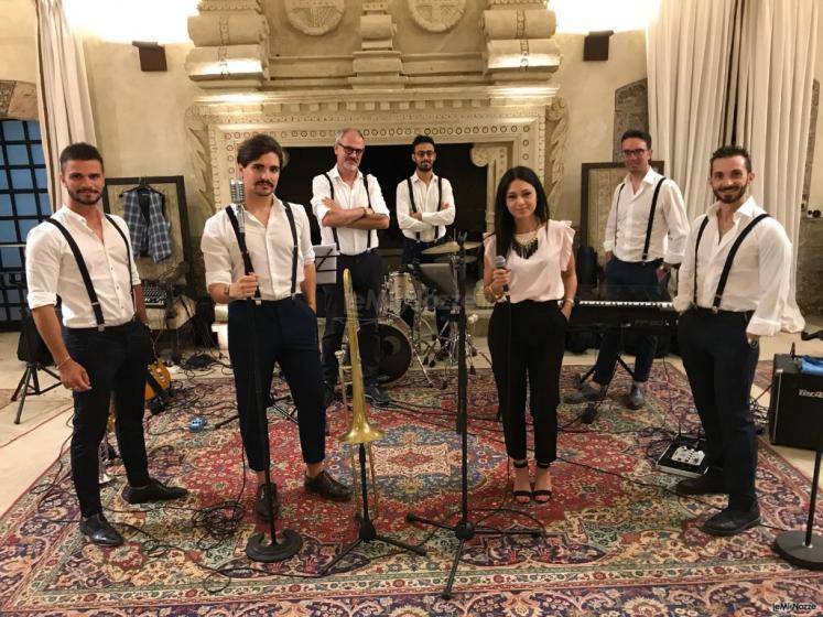Metamorphosis Wedding Band - La band al completo