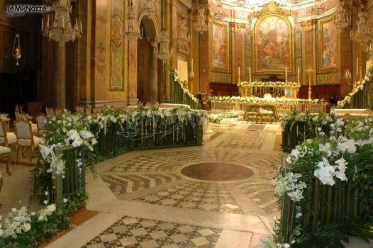 Matrimonio In Chiesa : Decorazioni floreali per il matrimonio in chiesa bocchi
