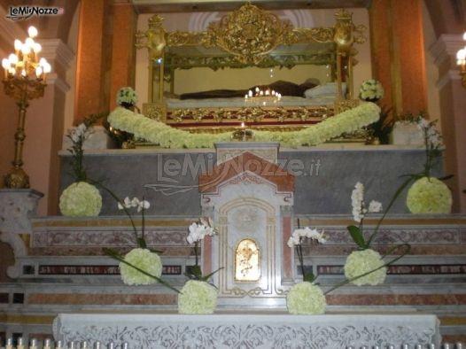 Foto 73 addobbi floreali chiesa e cerimonia addobbi for Addobbi 25 anni di matrimonio