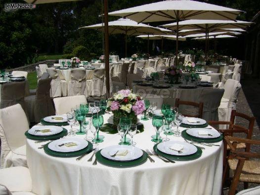 Tavoli addobbati per il buffet di matrimonio castel - Tavoli addobbati per diciottesimi ...