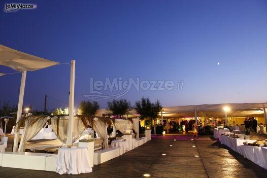 Matrimonio Spiaggia Monopoli : Coccaro beach club matrimonio in spiaggia a monopoli