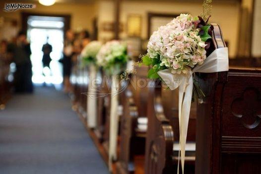 Allestimento Chiesa Ortensie : Addobbo banco della chiesa con ortensie flor passion a