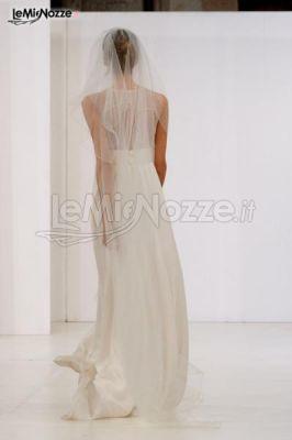 Abiti da sposa moderni - Vestito da sposa con spalle coperte e morbido ...