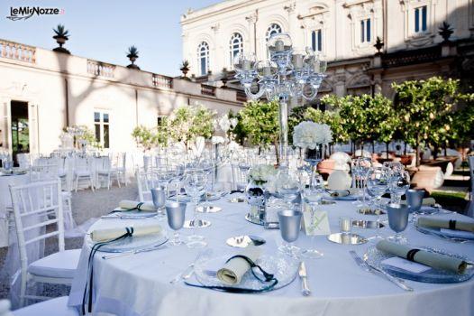 Matrimonio In Blu : Foto matrimonio in blu mise en place per il