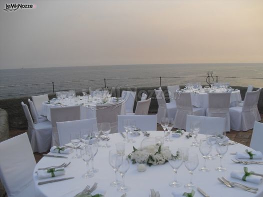 Matrimonio In Total White : Foto addobbi floreali location allestimento total