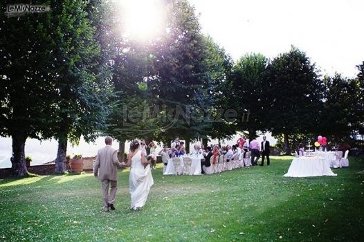 Ricevimento Matrimonio Toscana : Ricevimento di matrimonio in giardino castello meleto