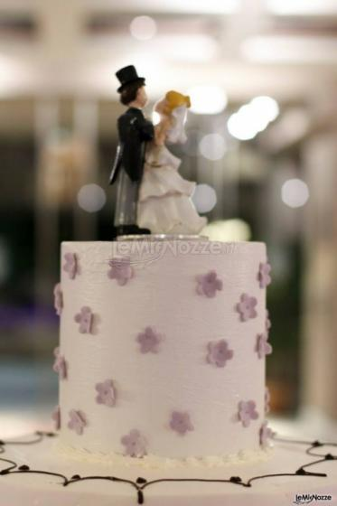 Michele Manicone Fotografia - Torta nuziale con il cake topper